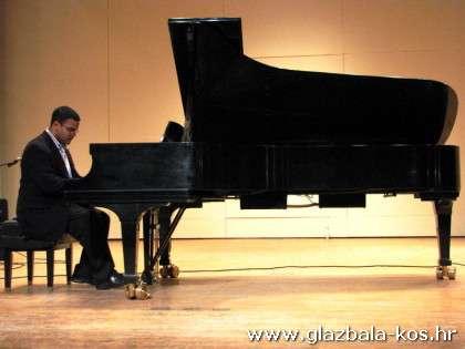 konvertni klavir